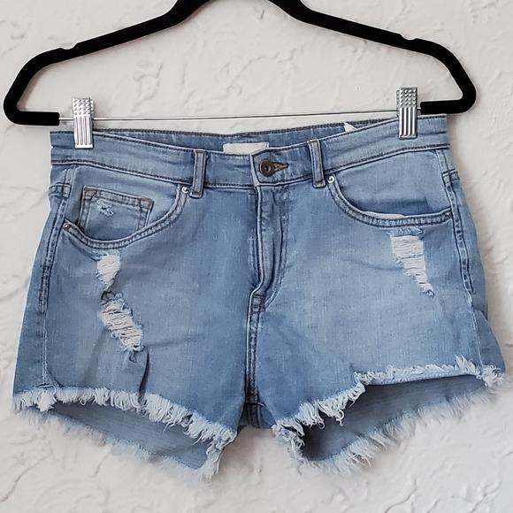 4/$25 H&M Distressed Denim Jean Shorts